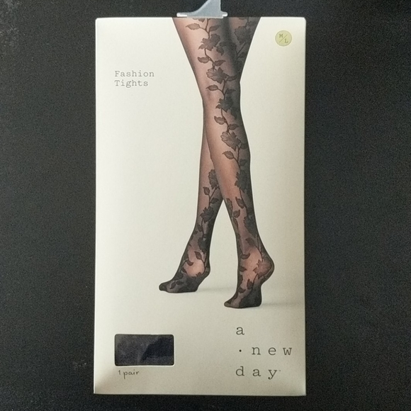 A new day target tights ,, cute floral pattern !!